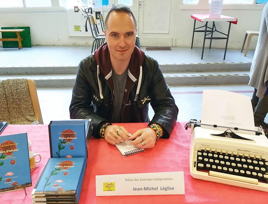 Salon des auteurs indépendants à Maisons-Alfort le 13 avril 2019.